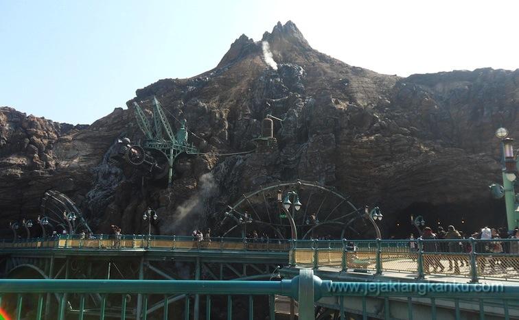 tokyo disneyland disney resort japan