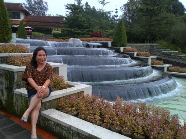 cipanas puncak wisata jakarta indonesia