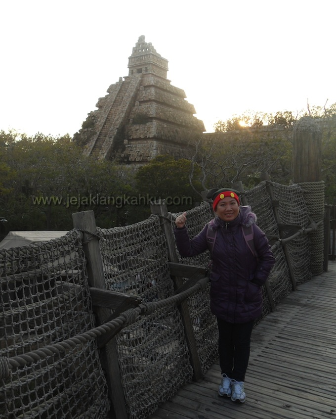 temple of skull disneysea-1