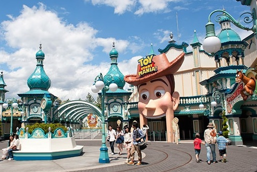 Tokyo-DisneySea-Toy-Story-Mania