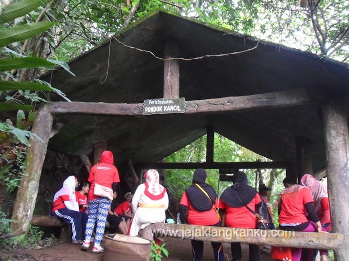trekking taman safari puncak 5-1