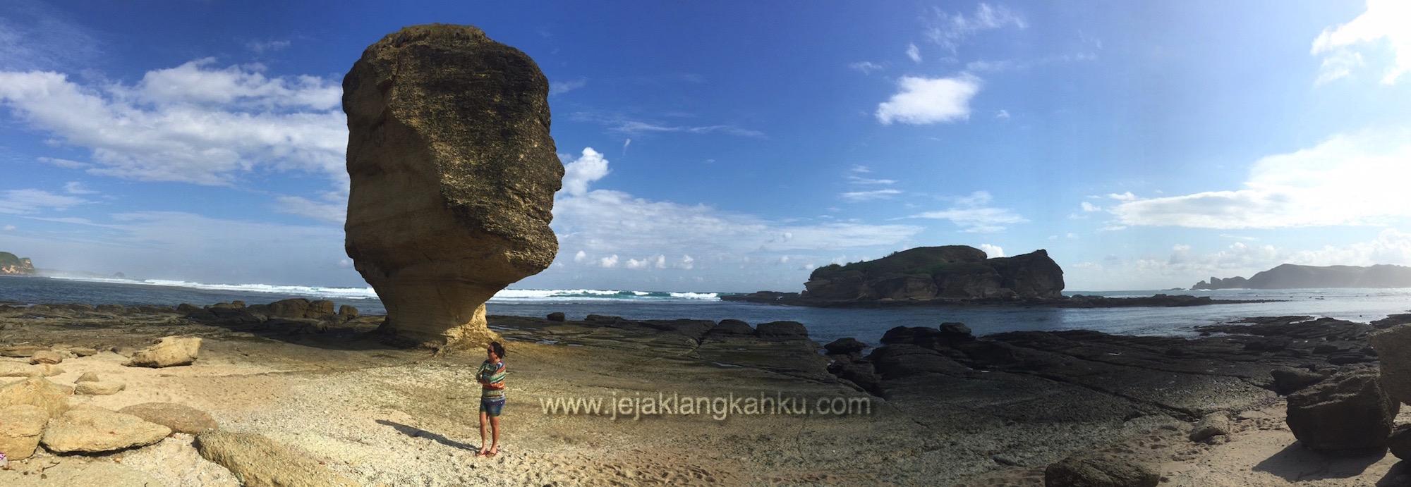 batu payung lombok 10