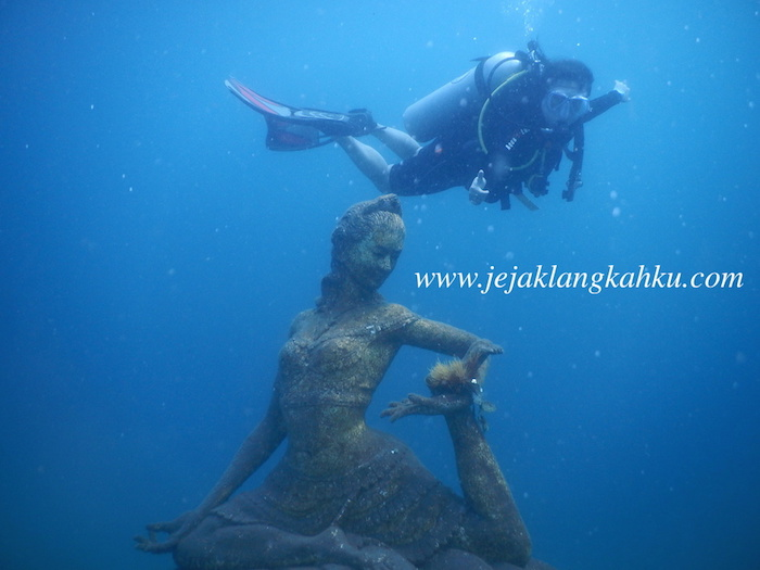 diving jumuluk amed 0