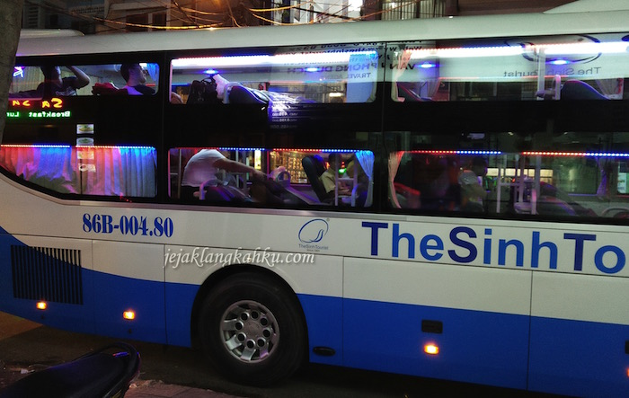 sleeping bus the sinhtourist vietnam 0