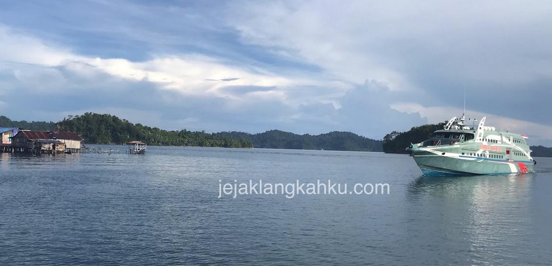 Transportasi Kapal Express dari Sorong menuju Misool, Raja Ampat – Papua Selatan