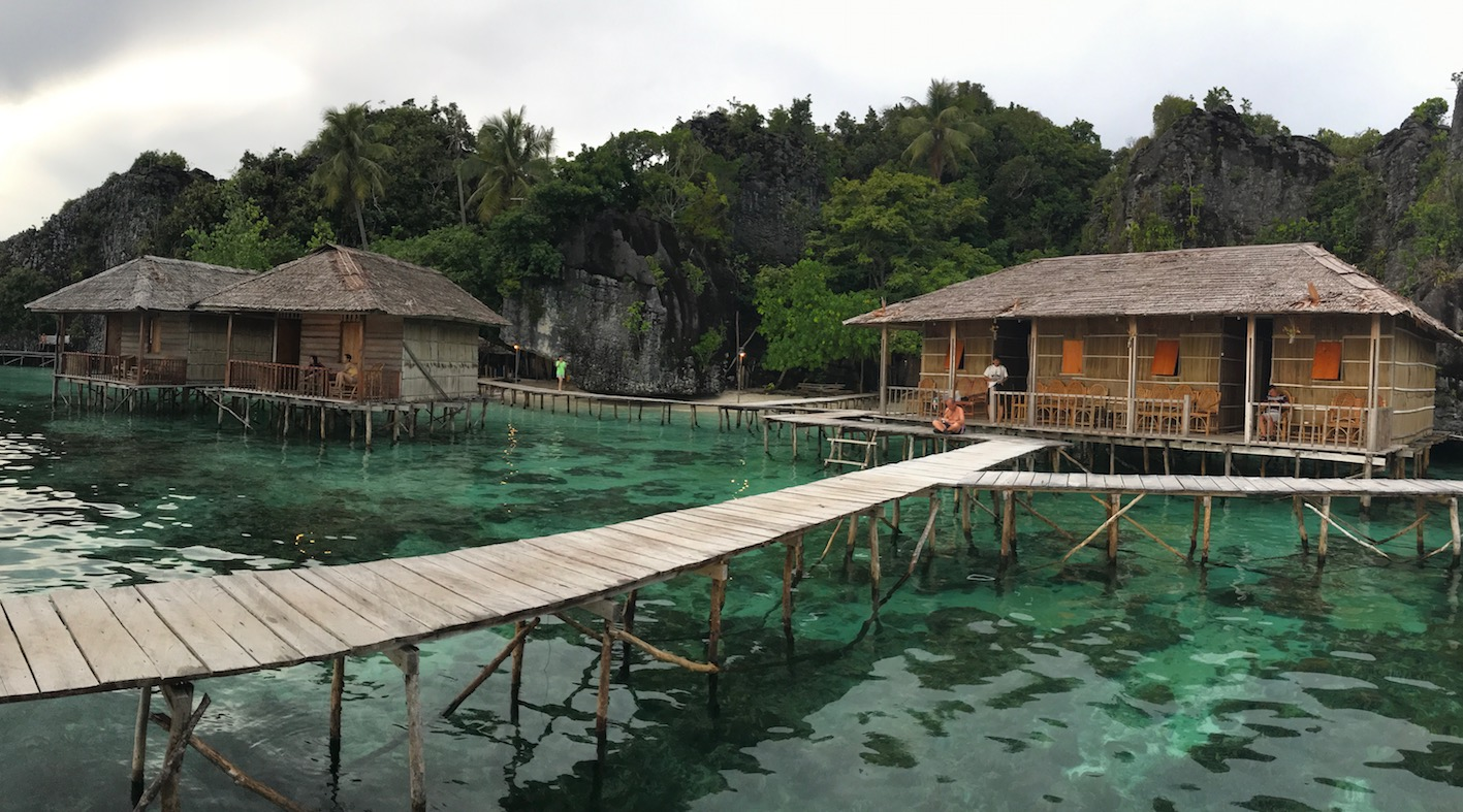Bertemankan Deburan Ombak di Nut Tonton Homestay Misool Raja Ampat Papua