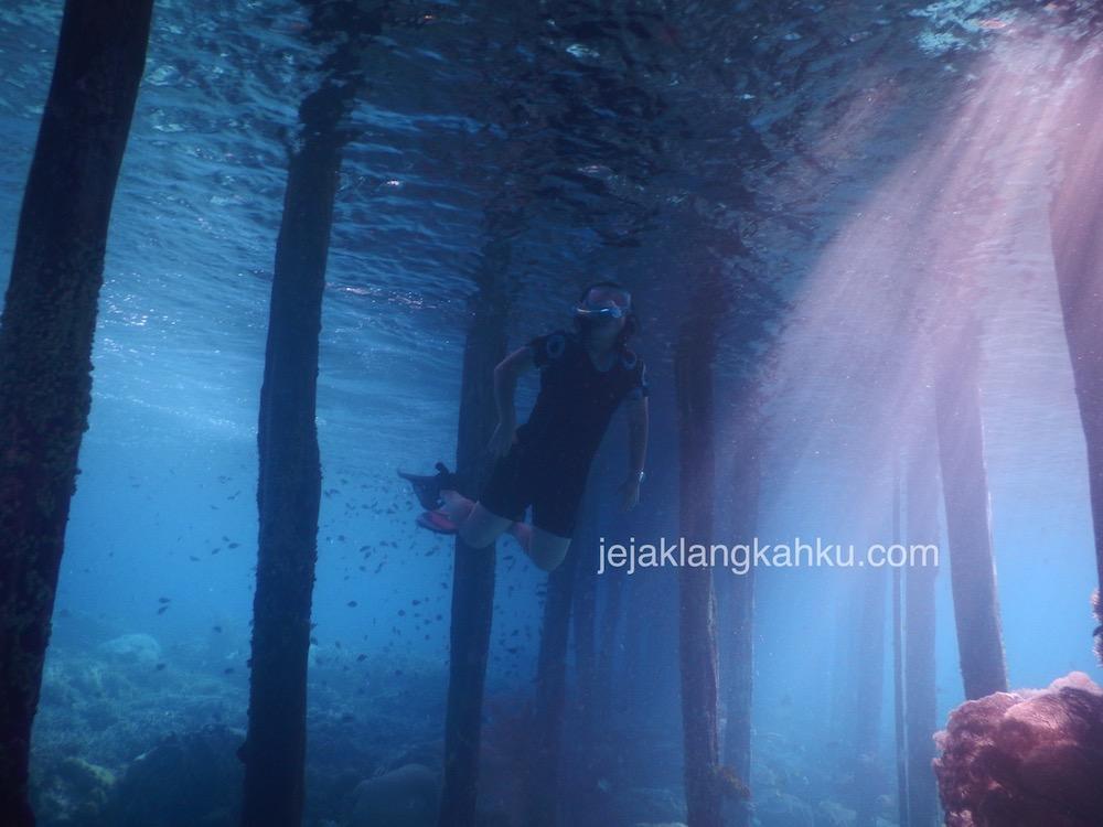 Menikmati Derasnya Arus Permukaan Saat Snorkeling di Yenbuba Raja Ampat, Papua